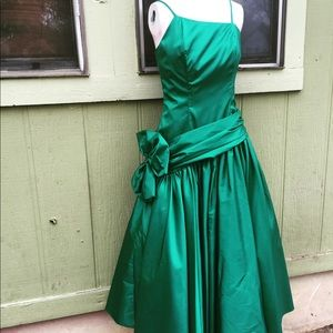 Vtg. Emerald Green Party dress
